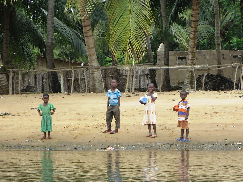 GHANA Coast near Ada Foah2
