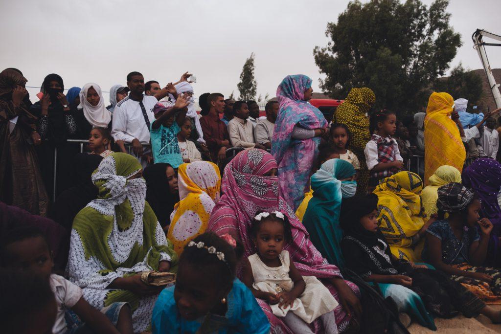 Les locaux sont là pour assister à la Sebiba