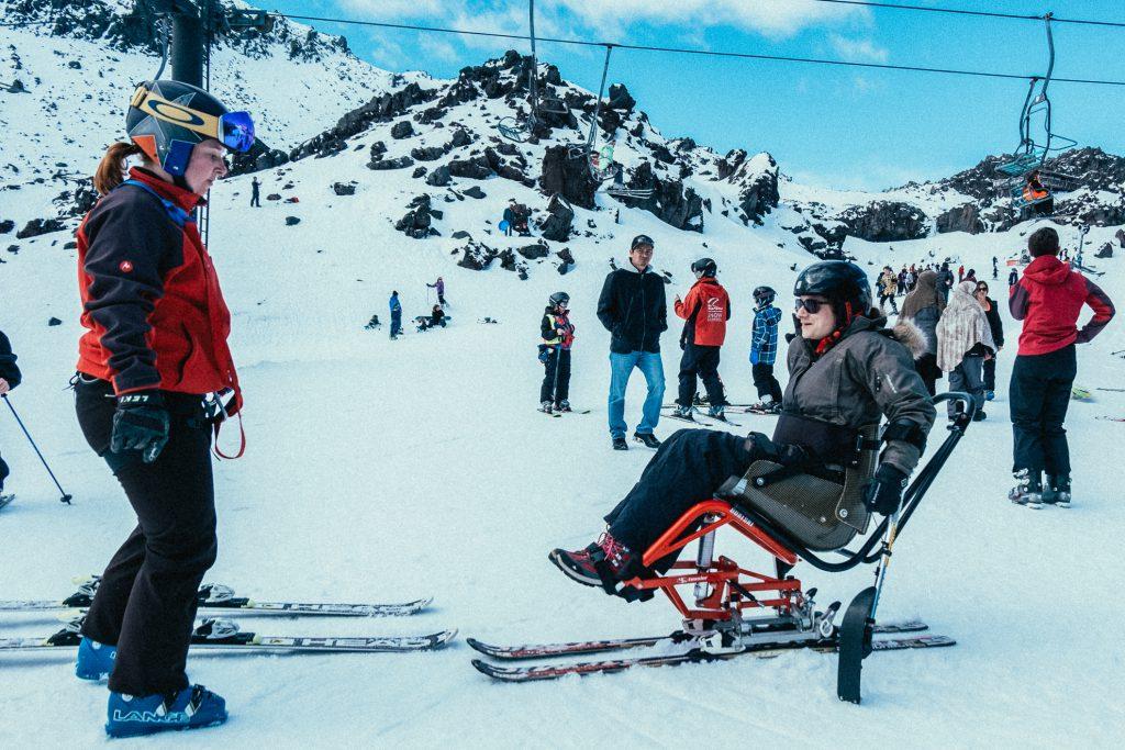 Ski en chaise roulante