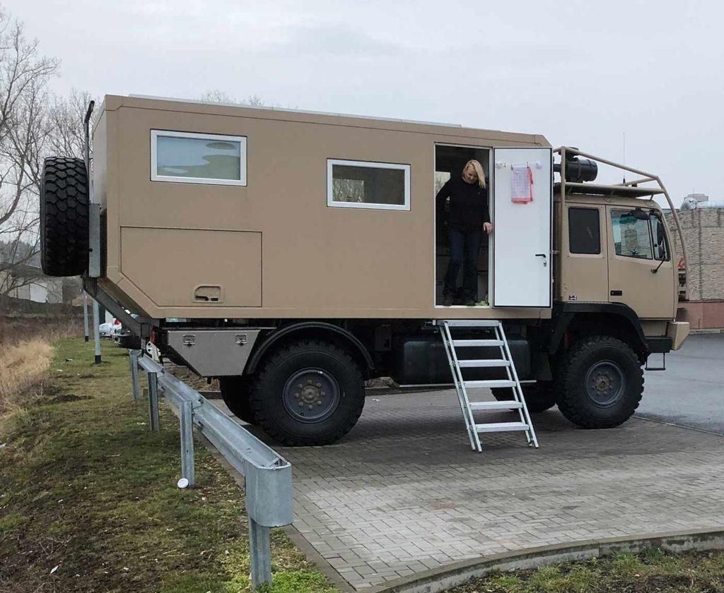 steyr 12m18 fourgon 4x4